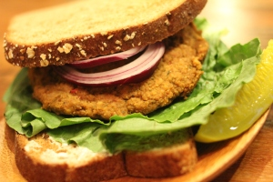 chipotle lentil burger